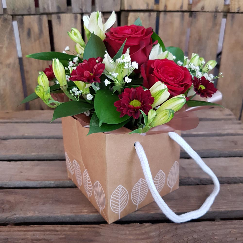 Florists in middleton flower delivery by alkrington flowers order flowers izmirmasajfo