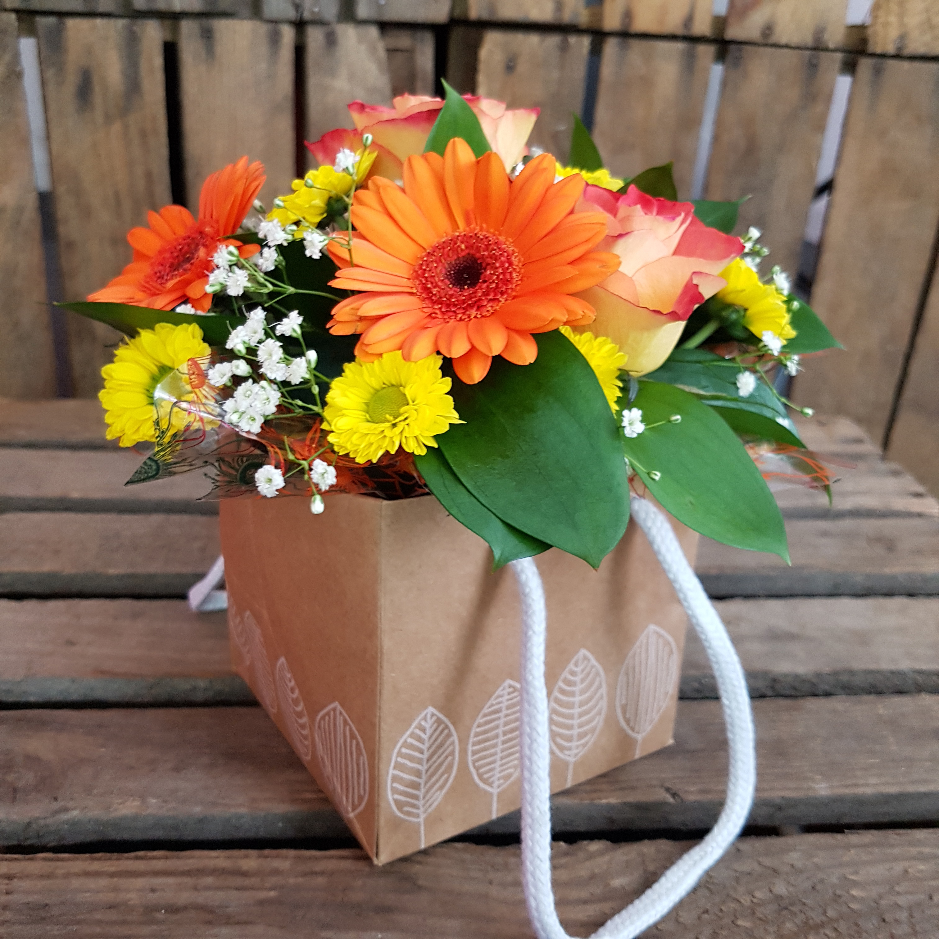 Florists in middleton flower delivery by alkrington flowers amber awe izmirmasajfo